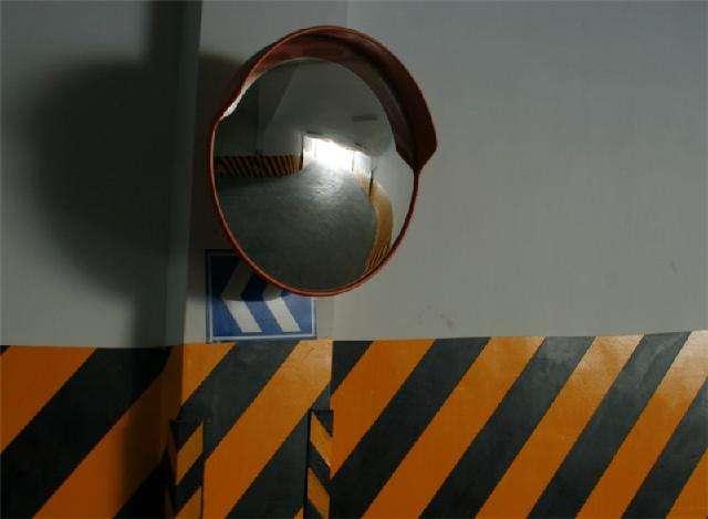 反光镜.jpg
